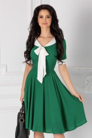 Rochie midi in clos verde eleganta cu buline roz si guler tip esarfa Adalia pentru primavara