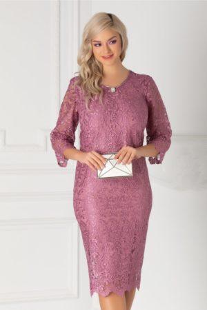 Rochie midi lila de seara din dantela cu accesoriu stilat in zona decolteului rotund Jade