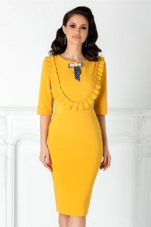 Rochie eleganta galben mustar midi cu volane si fundita discreta la bust LaDonna pentru femei plinute