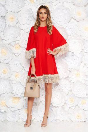 Rochie eleganta rosie cu croi larg accesorizata cu franjuri si inchidere cu fermoar la spate LaDonna