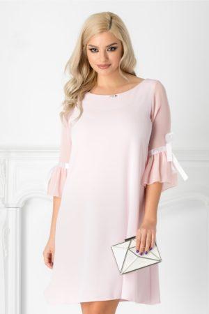 Rochie lejera roz pal de ocazie eleganta cu maneci din voal si fundita din satin Silva pentru tinute moderne
