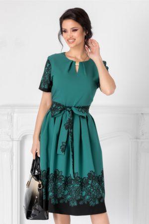 Rochie midi de zi verde eleganta cu flori negre Thea prevazuta cu maneci scurte