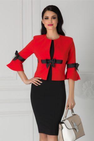 Compleu elegant de ocazie cu sacou corai si rochie neagra pentru femei plinute LaDonna