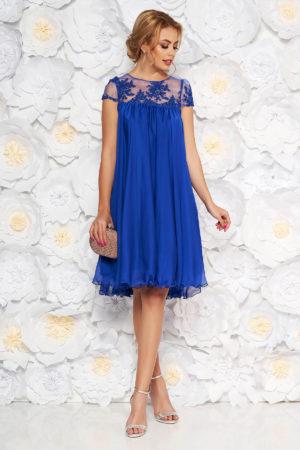 Rochie scurta albastra eleganta de ocazie cu croi larg lejer realizata din voal cu broderie delicata Artista