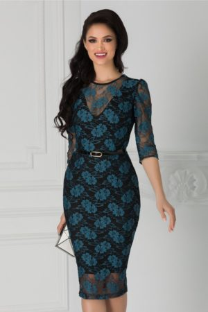 Rochie de seara din dantela bleumarin cu croiala midi mulata accesorizata cu o curea subtire in talie Moze