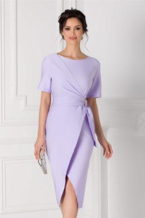 Rochie midi lila de ocazie eleganta cu aspect petrecut si croiala asimetrica Sany accesorizata cu o catarama in talie