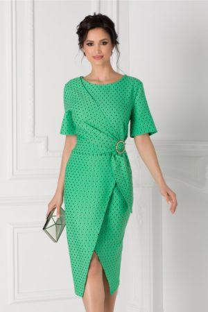 Rochie midi verde cu buline de ocazie eleganta cu aspect petrecut si croiala asimetrica Sany accesorizata cu o catarama in talie