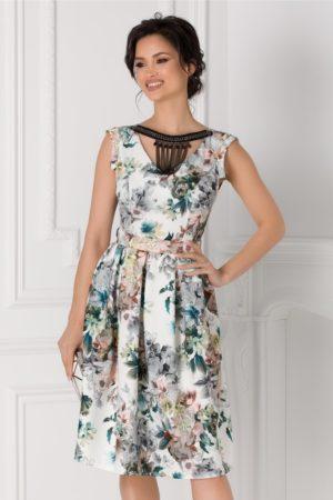 Rochie de ocazie alba in clos cu imprimeu floral si aplicatie la decolteu Susan pentru ocazii speciale