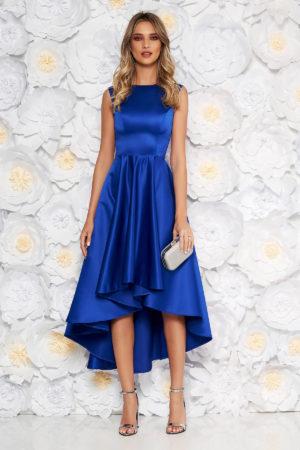 Rochie eleganta albastra asimetrica din material satinat cu croiala moderna fara maneci perfecta pentru banchet sau bal