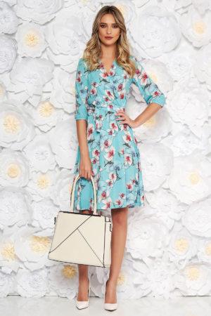 Rochie de ocazie albastra deschis cu imprimeu floral de primavara StarShinerS intr-o croiala vaporoasa in clos