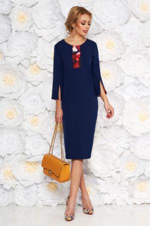 Rochie tip creion bleumarin eleganta cu maneca trei sferturi realizata din stofa subtire pentru femei plinute