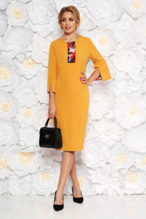Rochie tip creion galben mustar eleganta cu maneca trei sferturi realizata din stofa subtire pentru femei plinute