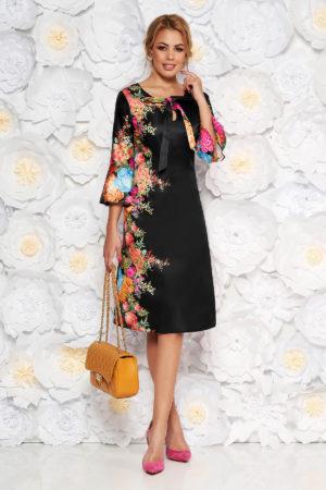 Rochie midi eleganta neagra cu imprimeuri florale realizata din material satinat cu maneci trei sferturi