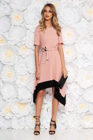 Rochie eleganta roz asimetrica de ocazie cu maneca scurta si cordon discret in talie