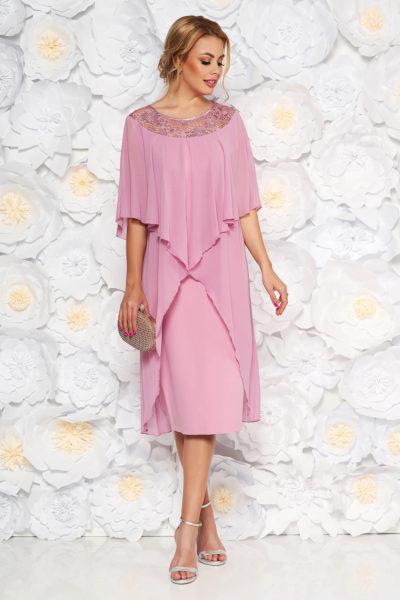 Rochie de ocazie roz deschis eleganta dreapta din stofa cu suprapunere din voal ideala pentru femei plinute