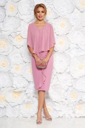 Rochie midi roz deschis de nunta accesorizata cu suprapunere vaporoasa din voal de matase pentru femei plinute