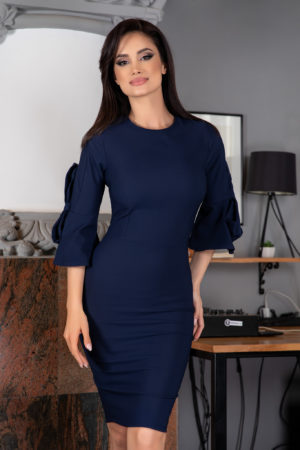 Rochie midi conica bleumarin eleganta cu spatele gol prevazuta cu fundite in zona coatelor Adyne