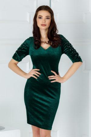 Rochie scurta de seara verde din catifea cu decolteu in V accesorizata cu margelute Aylin