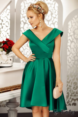 Rochie eleganta verde asimetrica de seara cu decolteu adanc in V si fusta baby doll Beautiful