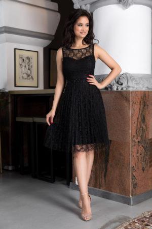Rochie eleganta de ocazie neagra din dantela cu croila in clos prevazuta cu bust buretat si pietre strass Kyrra