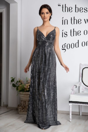 Rochie lunga argintie de ocazie eleganta cu paiete si insertii de fir argintiu prevazuta cu bust buretat Samira
