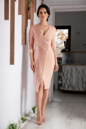 Rochie midi roz piersica de ocazie accesorizata cu paiete si maneci trei sferturi Sheryl