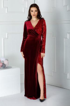 Rochie de seara bordo lunga eleganta cu crapatura adanca pe picior si aplicatii de paiete stralucitoare Swan