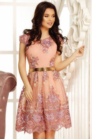 Rochie de nunta lila cu croiala in clos accesorizta cu broderie fina Clara