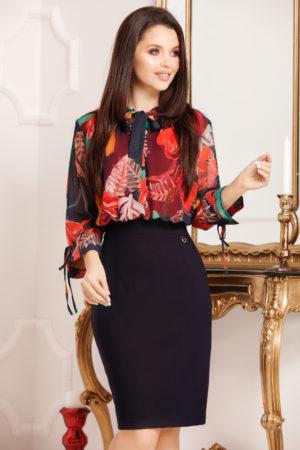 Rochie office bleumarin cu imprimeu floral prevazuta cu maneci trei sferturi si fundita Cristina