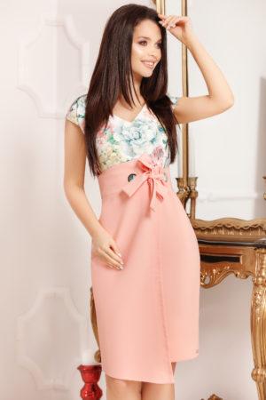 Rochie midi roz de vara cu imprimeu floral si o fundita decorativa in talie Evea