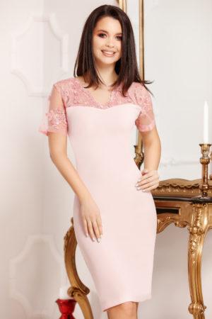 Rochie midi roz conica prevazuta cu maneci scurte din broderie florala Marina