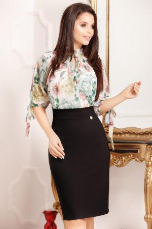 Rochie midi neagra cu imprimeu floral colorat accesorizata cu o fundita Medea