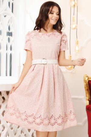 Rochie in clos roz deschis eleganta pentru ocazie accesorizata cu o curea lata in talie Rozalia