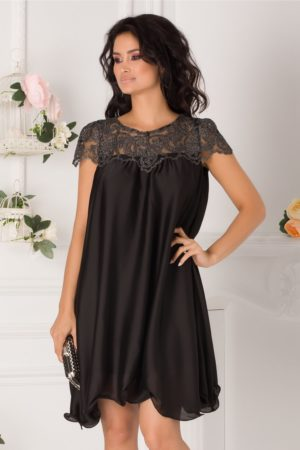 Rochie de seara neagra cu croiala larga din voal satinat cu dantela brodata Claudia