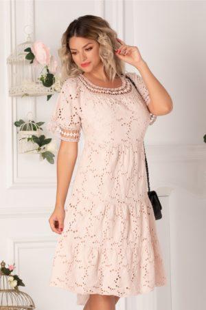 Rochie de vara roz pal one size realizata din bumbac de broderie florala cu perforatii Fabia