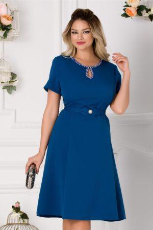 Rochie de ocazie albastru petrol eleganta cu decupaj discret la decolteul rotunjit Ivette
