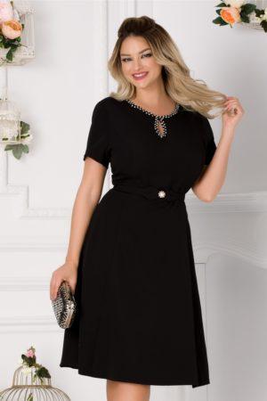 Rochie de ocazie neagra eleganta cu decupaj discret la decolteul rotunjit Ivette