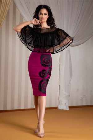 Rochie de ocazie marsala midi eleganta cu volanase din tull la umeri si flori discrete la baza LaDonna