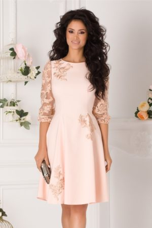 Rochie de nunta somon eleganta cu fusta midi in clos accesorizata cu flori brodate LaDonna