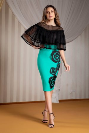 Rochie de ocazie turcoaz midi eleganta cu volanase din tull la umeri si flori discrete la baza LaDonna