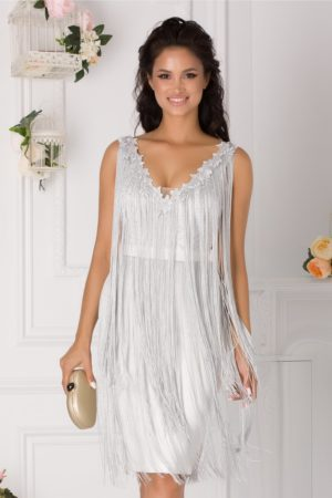 Rochie eleganta midi de ocazie alba accesorizata cu broderie si franjuri Ladonna