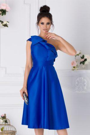 Rochie midi albastra de ocazie accesorizata cu o funda maxi in zona umerilor Moze