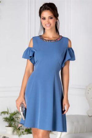 Rochie de ocazie bleu eleganta cu aplicatii de pietre colorate la guler si maneci decupate Preta