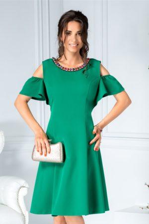 Rochie de ocazie verde eleganta cu aplicatii de pietre colorate la guler si maneci decupate Preta