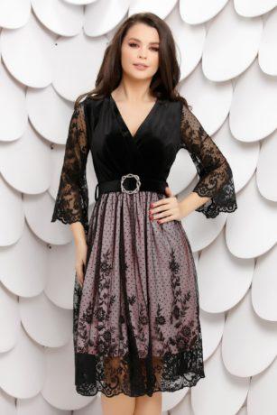 Rochie de seara din catifea neagra cu jupa roz accesorizata cu dantela fina Brigitte