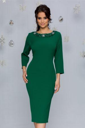 Rochie midi verde deschis eleganta cu decolteu rotund accesorizat cu strass-uri si margele Ariadna