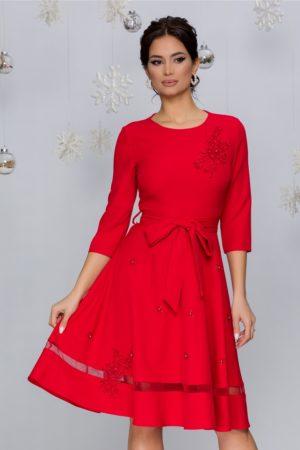 Rochie de ocazie rosie cu broderie florala si perlute accesorizata cu fundita Carina