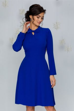 Rochie de ocazie albastra eleganta cu pliuri la umeri si decupaj la decolteu Moze
