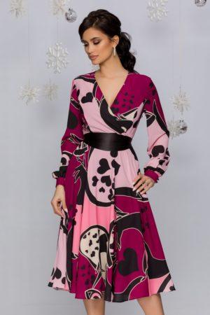 Rochie de zi de primavara roz cu imprimeu inimioare si decolteu petrecut Shelly